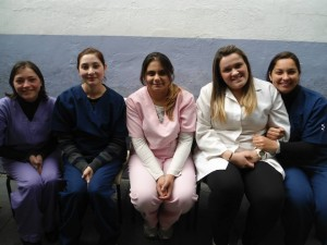 Voluntárias (Iane, Lilian, Isis, Sara e Amanda)