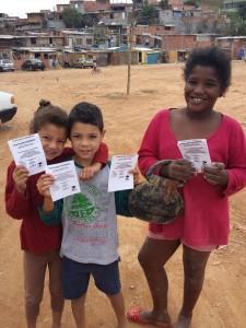 Crianças lindas - ajudaram a divulgar o mapeamento
